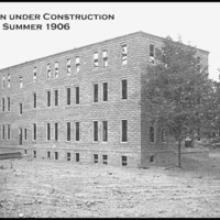 Old Main_19-construction 1906 B&W.jpg